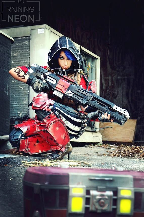 Borderlands Athena Cosplay