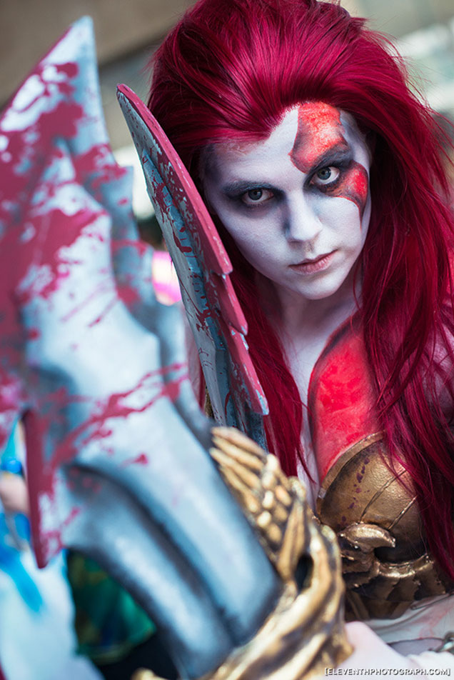 Female Kratos Cosplay