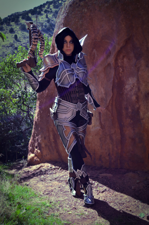 Diablo III Demon Hunter Cosplay
